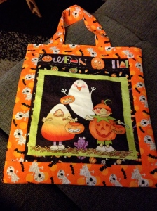 Side b for Halloween trick or treat bag E